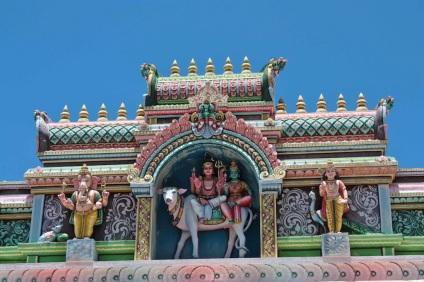 Tempio hindu nel nord dell'isola