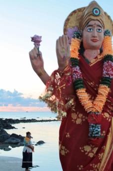 Tempio hindu sul mare