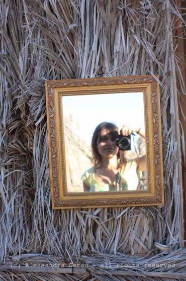 specchio nel deserto