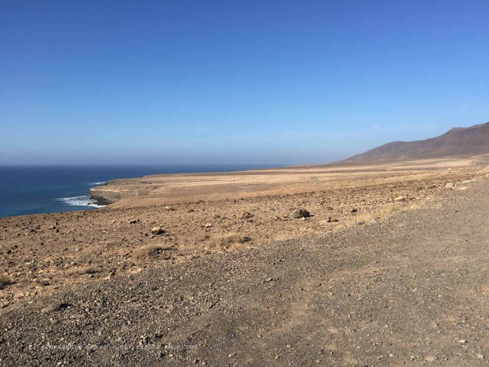 The_Escape_Diaries_canarie105