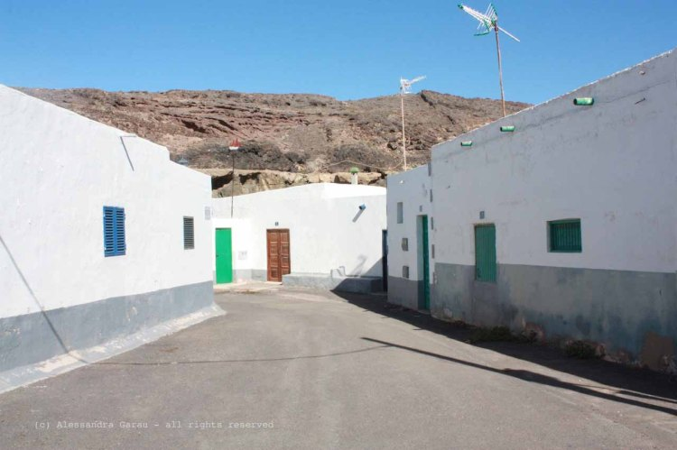 The_Escape_Diaries_canarie44