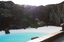 The_Escape_Diaries_canarie74